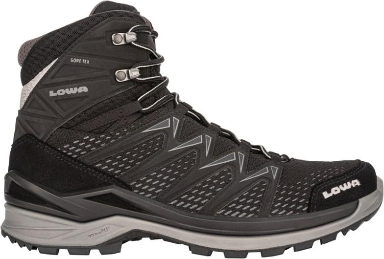LowaInnox Pro GTX Mid Hiking Boots